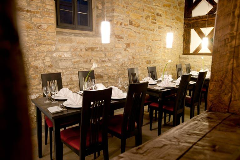 restaurant klein raum hotel freihof. Black Bedroom Furniture Sets. Home Design Ideas